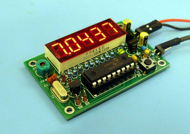Thru Hole Digital Dial / Frequency Counter - QRPGuys